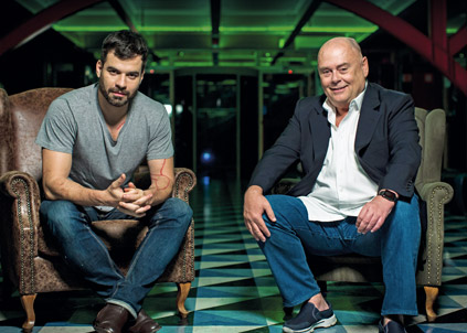 Facundo Guerra (à esquerda) e José Victor Oliva: união para aproximar o grupo do público jovem