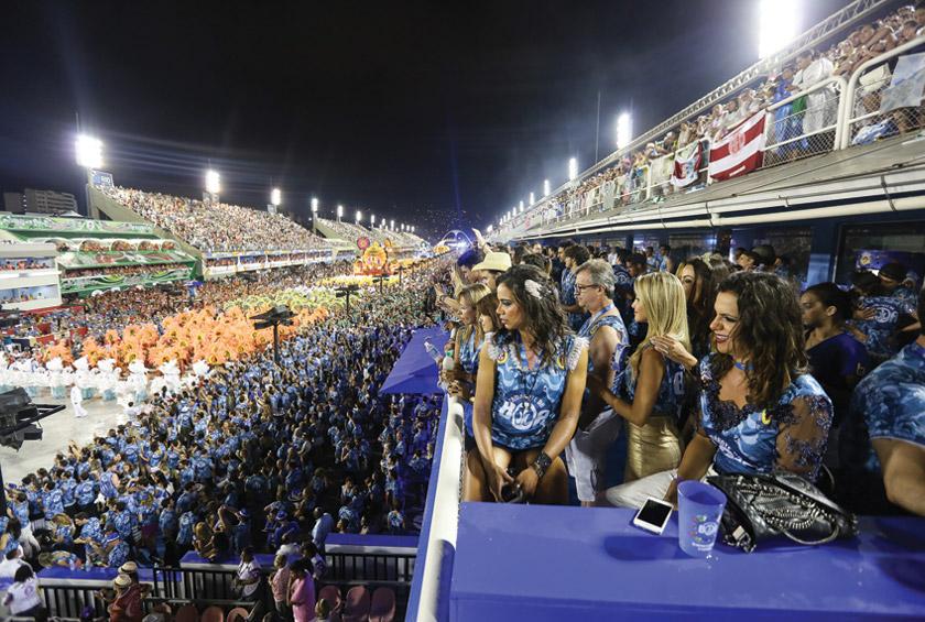 Além de uma gestão renovada, Camarote Número 01, na Sapucaí, abriu a venda de ingressos para o grande público nesse ano