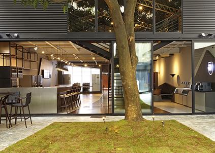 Acima, o Brastemp Experience, primeiro espaço conceito da marca de eletrodomésticos.