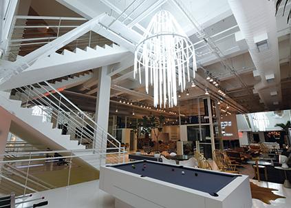 Nova sede da agência, que estimula a troca de conhecimento e criatividade.